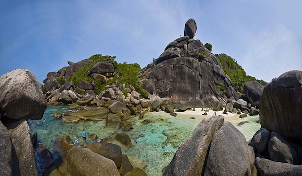 Elephant_rock_similan_islands