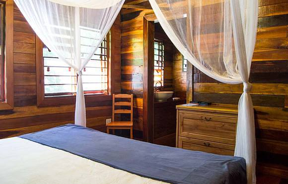 Double bedroom huracan dive resort belize