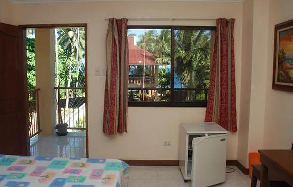 Wellbeach Dive Resort Double room
