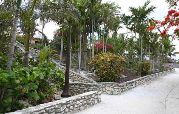 walkway to Orange Hill Nassau bahamas