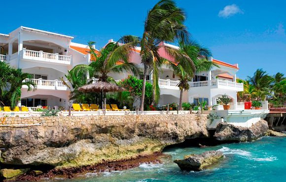 oceanfront apartments bonaire