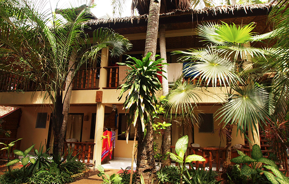 deluxe_rooms_Alona_Vida_Beach_Resort
