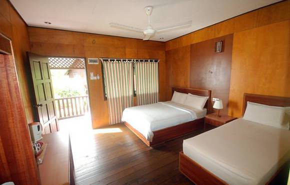 double_beds_tioman_house_bungalow