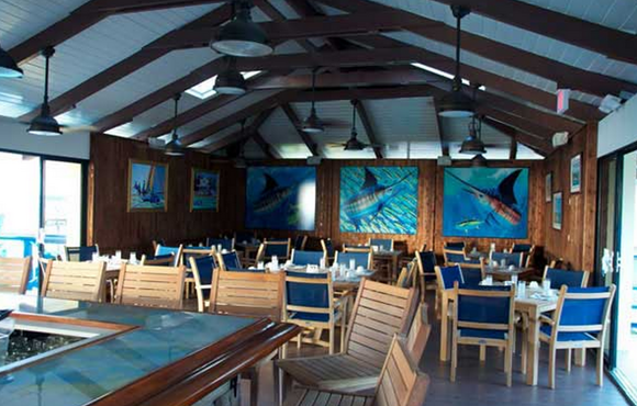 dinner_area__bimini_big_game_club
