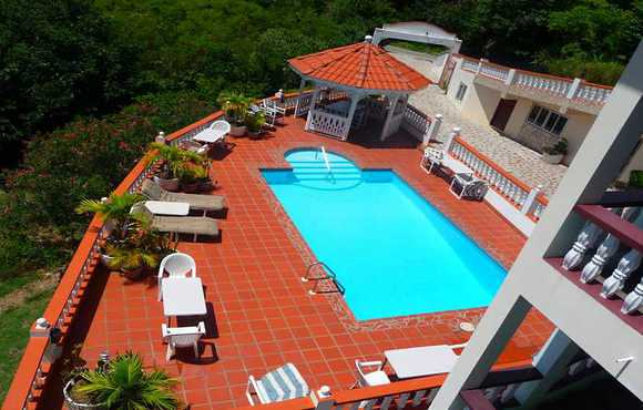 grand_view_hotel_pool