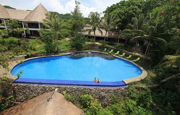 resort_pool