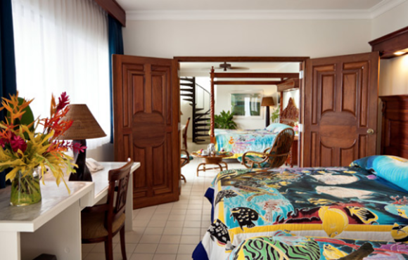 deluxe_ocean_view_roon___manta_ray_resort