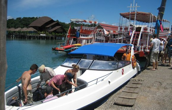 koh chang dive boat