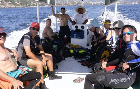 Boat dive with dive zihuain Mexico