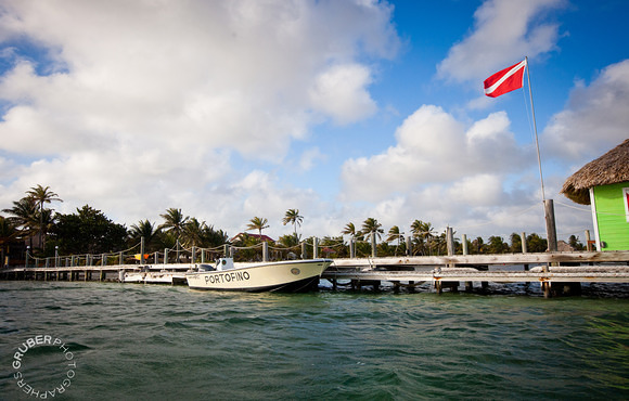 Dive boat Ambergris Caye