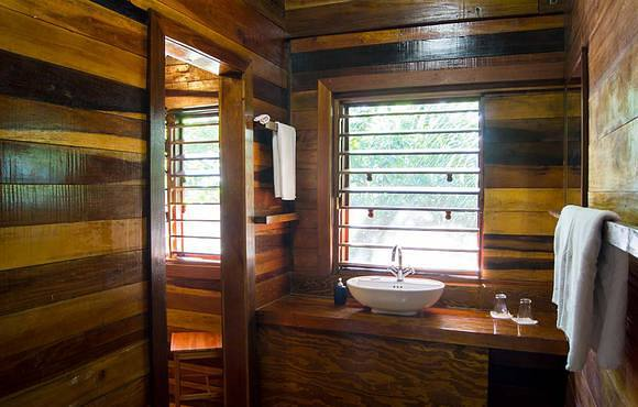 bathroom huracan dive resort belize