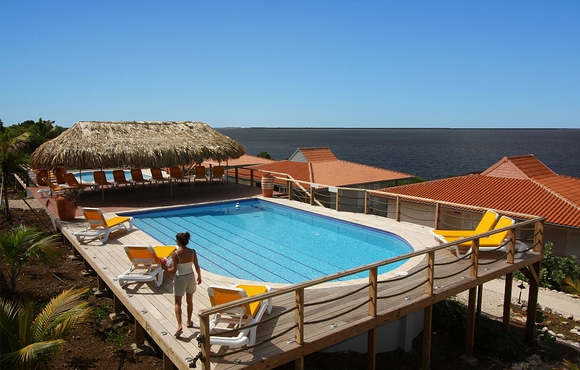 swimming pool caribbean club bonaire