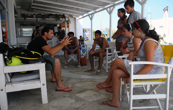dive briefing greece