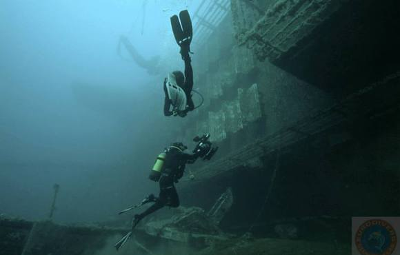 wreck dive paros, greece