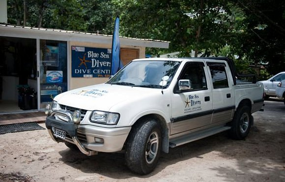 dive center pick up truck Seychelles