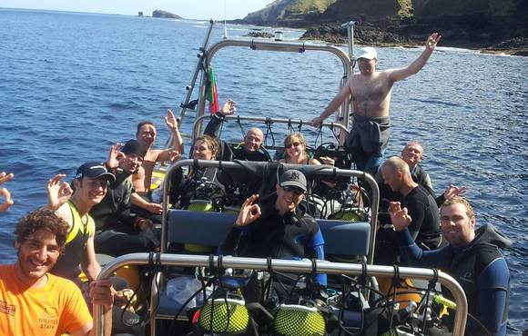 boat divers azores