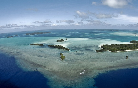 Palau-Blue-Corner-and-Blue-Holes-Dive-Sites