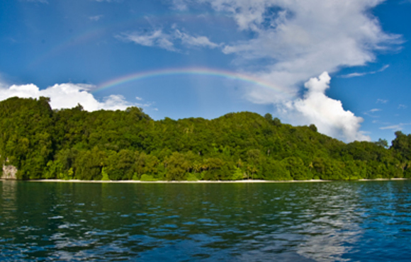 Ulong_Island_With_Rainbow