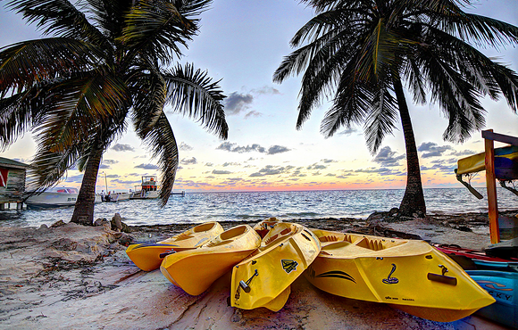 dock_black_bird_caye_resort_belize