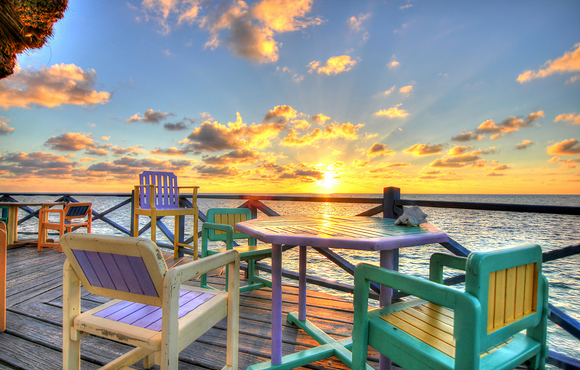 patio_black_bird_caye_resort_belize