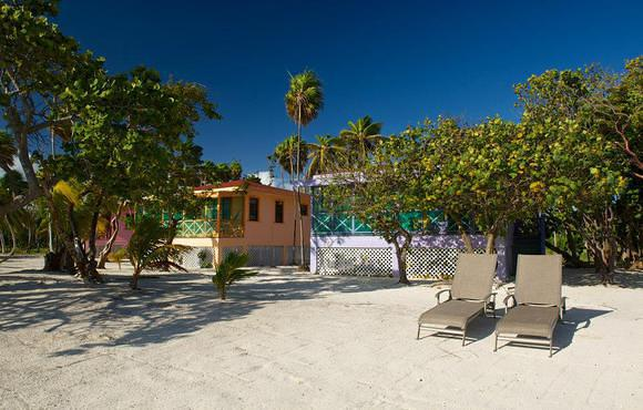 Blackbird_Caye_Resort_cabanas