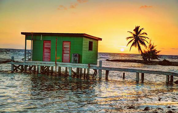 beach_hut_black_bird_caye_resort_belize