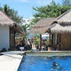 Manta-Bungalow-Swimming-Pool