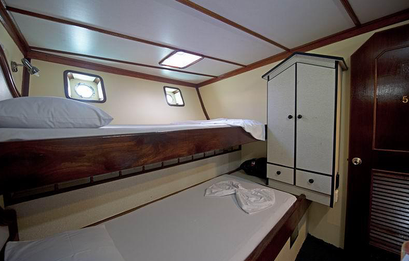double_cabin_on_MS_Dinasha