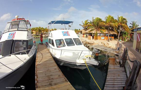 dive_boats_ocean_encounters_curacao