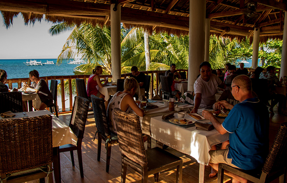 restaurant_ocean_vida_beach_resort_malapascua