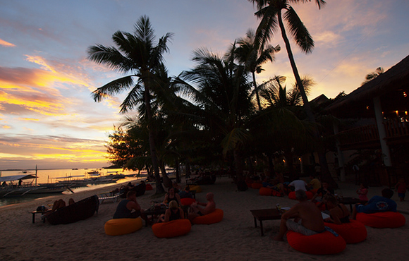 sunset_ocean_vida_beach_resort_malapascua