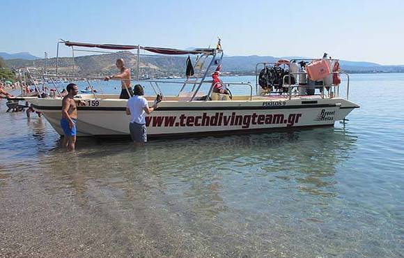 scuba_dive_boat_greece