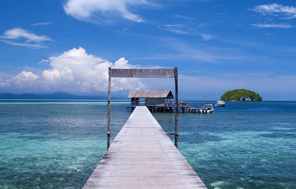 jetty_view_raja_ampat