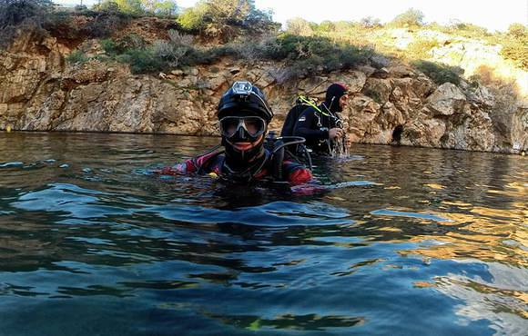 cave_dive_greece