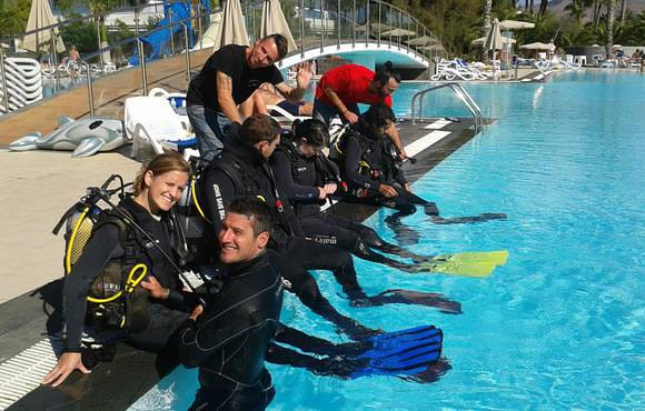 open_water_scuba_lessons_lanzarote