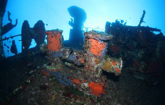 wreck_dive_greece