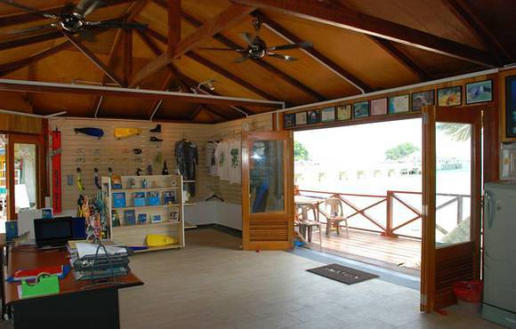 tioman_scuba_dive_center_interior