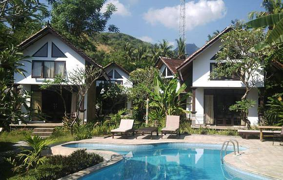 Bali_Bungalows_amed