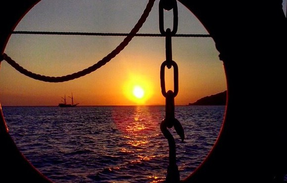 Sunset_from_our_liveaboard__Ikan_Biru