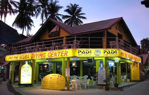 Phi_Phi_Scuba_Diving_Center