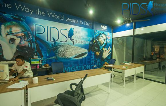 Phangan_International_Diving_School